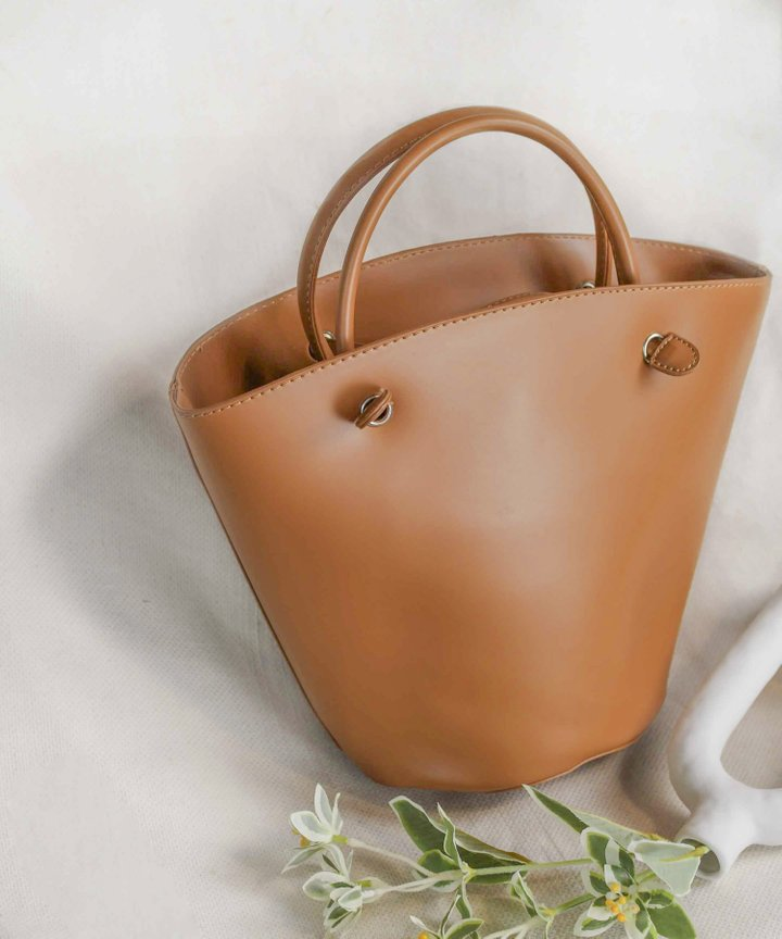 Olmstead Bucket Bag - Brown