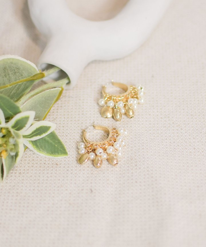 Tamarind Pearl Cluster Earrings