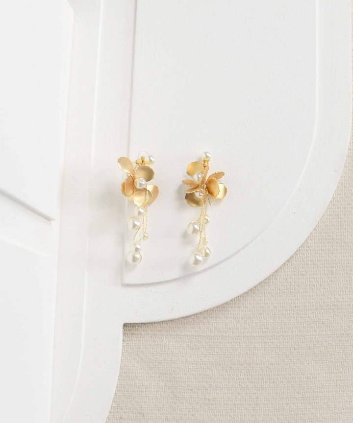 Hillier Pearl Floral Earrings
