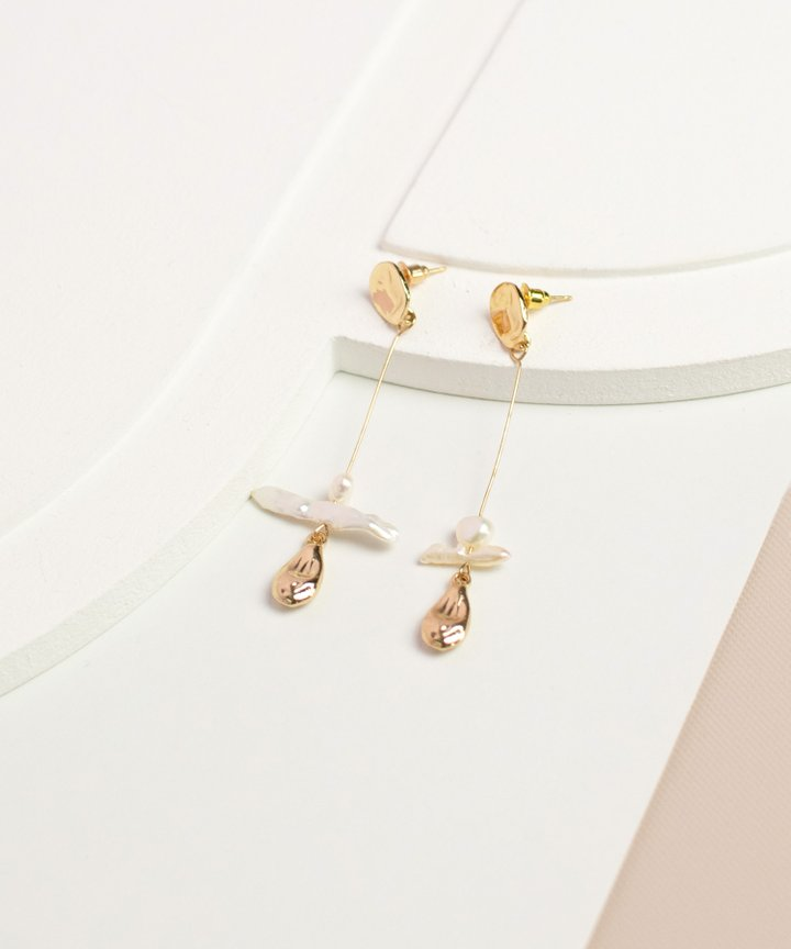 Manon Drop Earrings