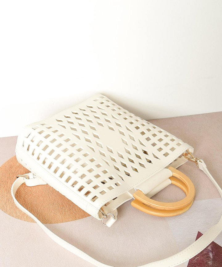 Capucines Lattice Top Handle Bag - White