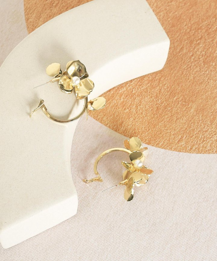 Ete Floral Hoop Earrings