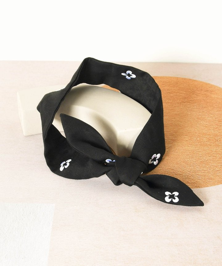 Memento Embroidered Hair Tie - Black