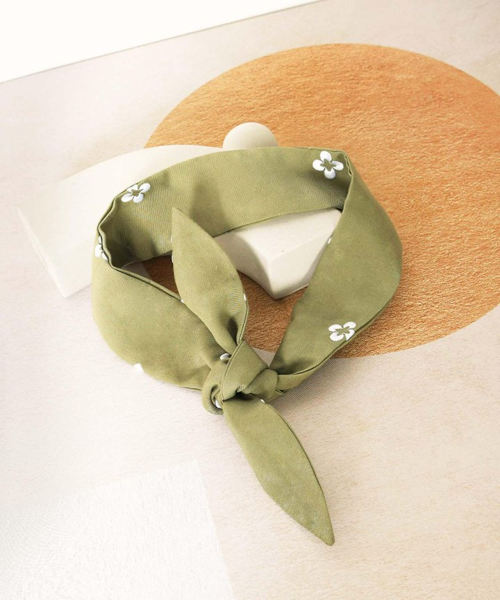 Memento Embroidered Hair Tie - Olive