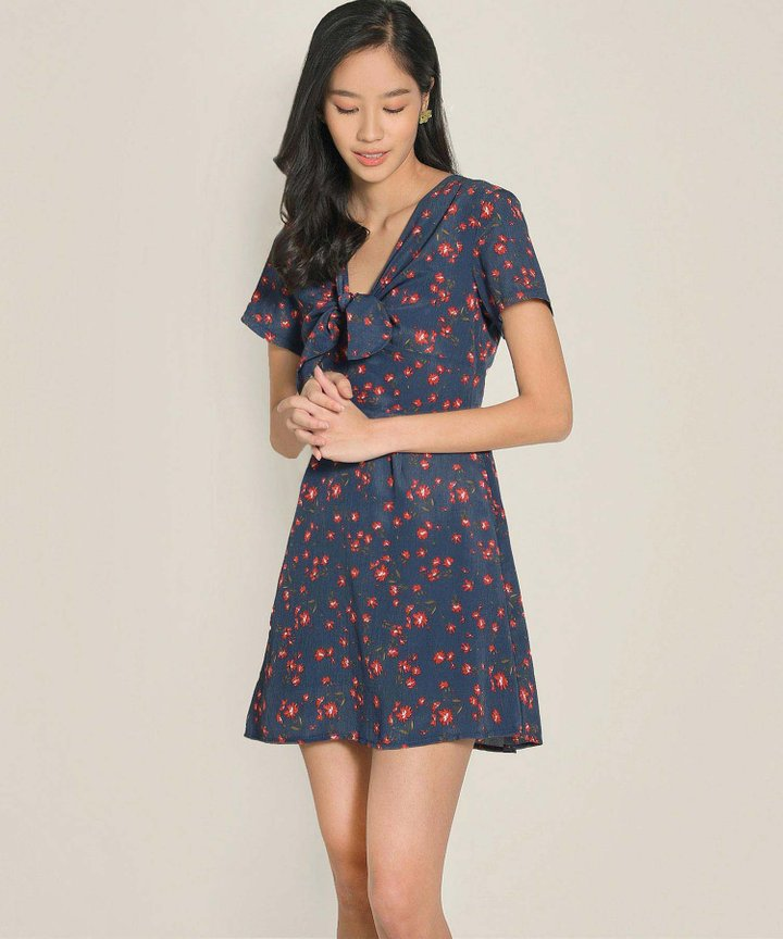 Clemence Floral Dress - Navy