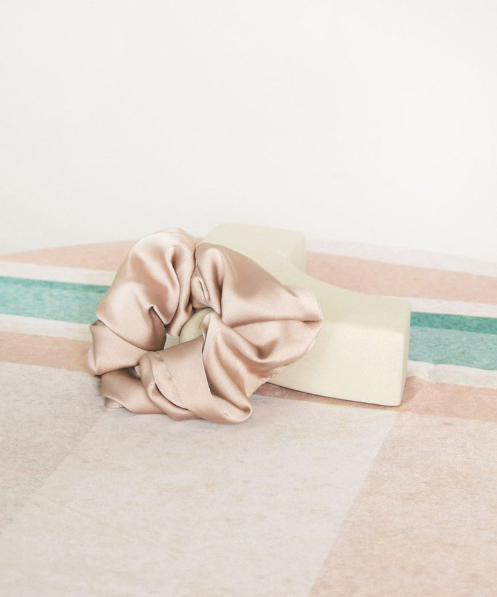 Moonlight Satin Scrunchie - Pale Mauve (Restock)