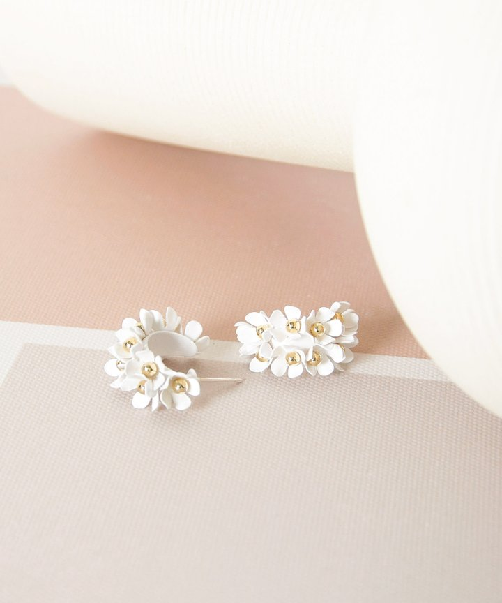 Wallflower Floral Earrings - White (Backorder)