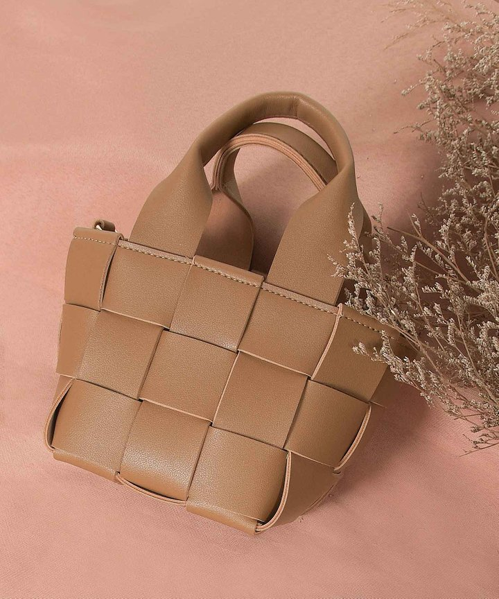 Biennial Lattice Woven Bucket Bag - Cappuccino