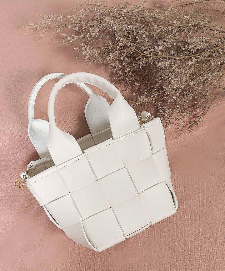 Biennial Lattice Woven Bucket Bag - Ivory
