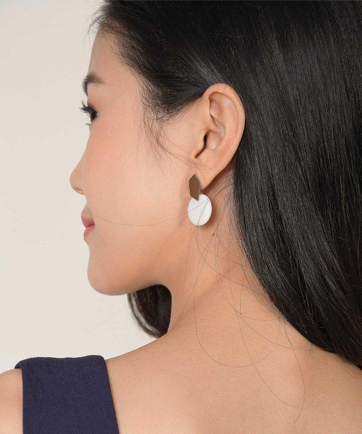 Hudson Circle Earrings - White