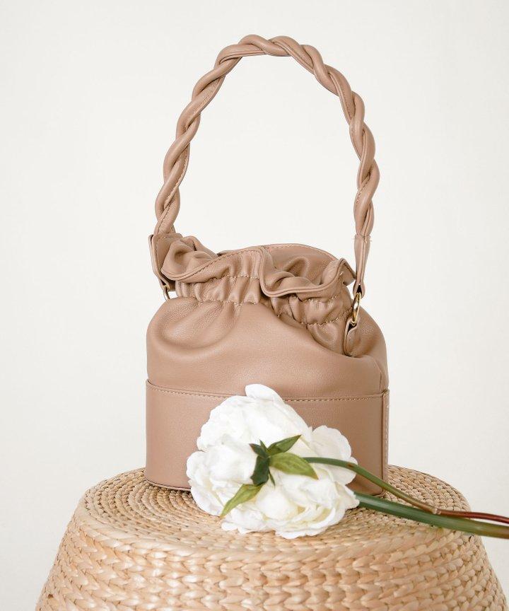 Mesa Bucket Bag